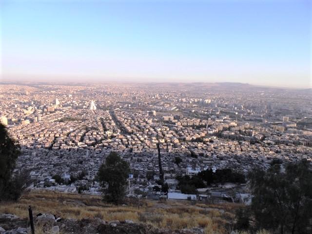 Vista de Damasco al atardecer desde Monte Qassyoon