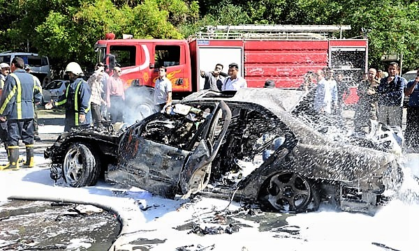 Atentado con coche bomba frente a casa - 29 abril 2013 B